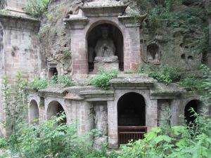 nanjing buddha caves by building