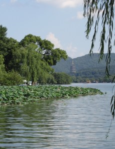West Lake, Hangzhou: Too many waterfront gardens to tour...